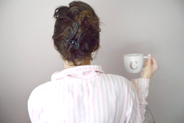a beauty hack for a no-heat hairstyle to create natural, bed-head waves